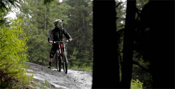 Mark Matthews ride le Bike Park de Whistler