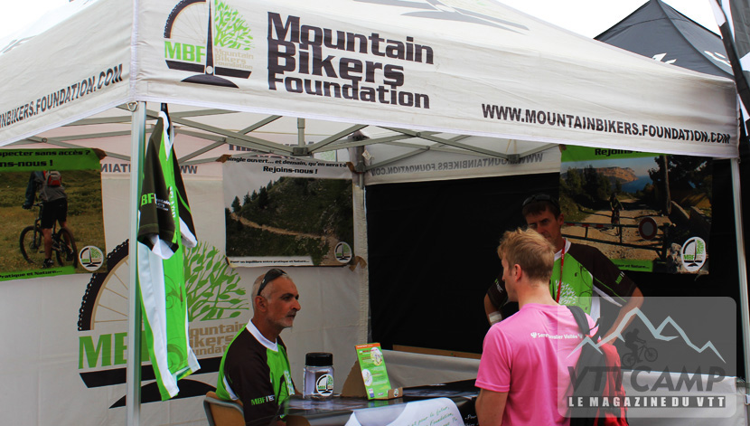 Stand de la Mountain Bikers Foundation au Roc d'Azur 2012